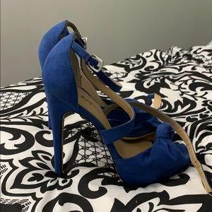 Never worn just fab heels in perfect condition